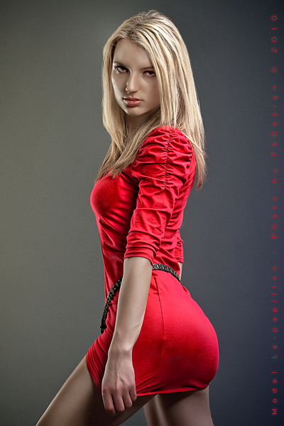 red_hot_blonde